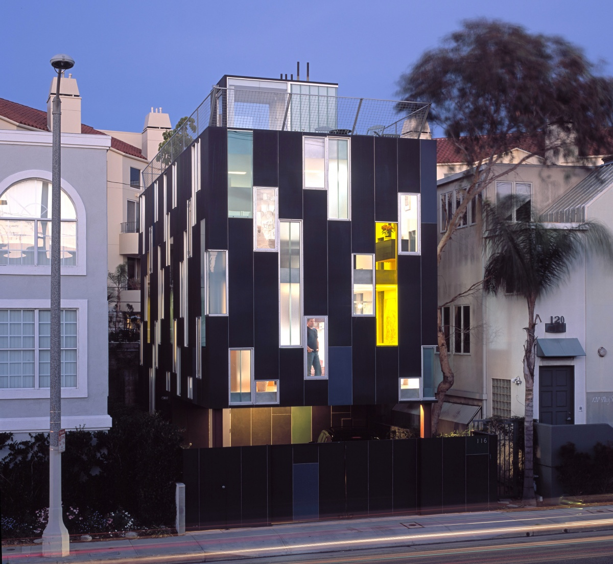 Vertical House — LOHA: Lorcan O'Herlihy Architects